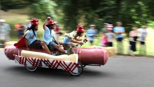 Portlanders ride a hot dog soapbox down the side of a volcano - Stumped in Stumptown